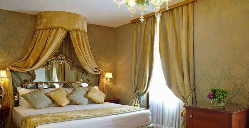 Hotel-Palazzo-Paruta-camera