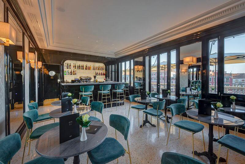 H10-Palazzo-Canova-bar