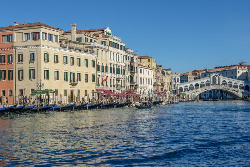 H10-Palazzo-Canova-canal-grande